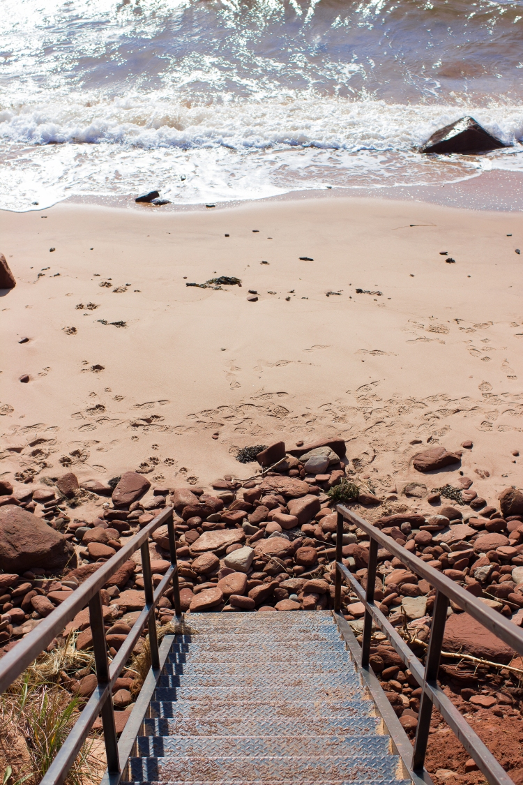 kpardell-red-sand-pei-2098